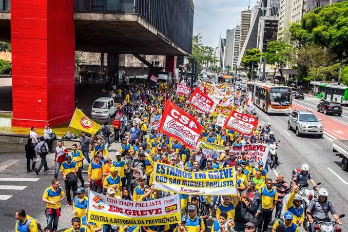 Correios 2020 greve